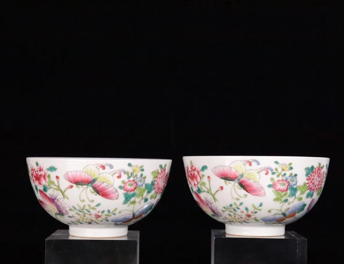A FAMILE-ROSE FLORAL AND BUTTERFLY PATTERN BOWL - 3