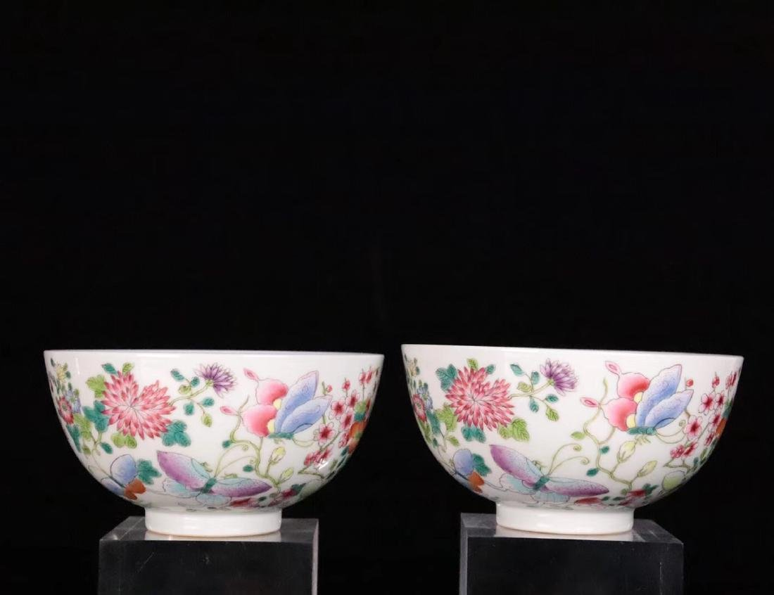 A FAMILE-ROSE FLORAL AND BUTTERFLY PATTERN BOWL - 4