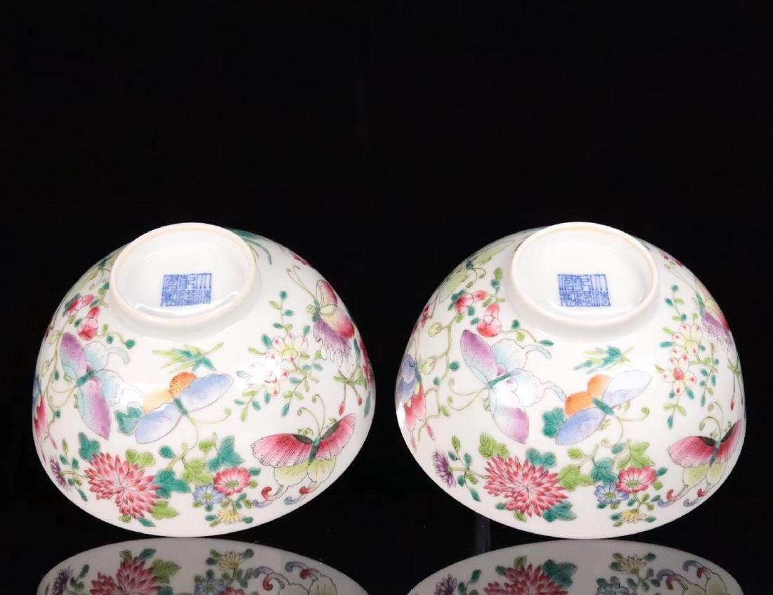 A FAMILE-ROSE FLORAL AND BUTTERFLY PATTERN BOWL - 7
