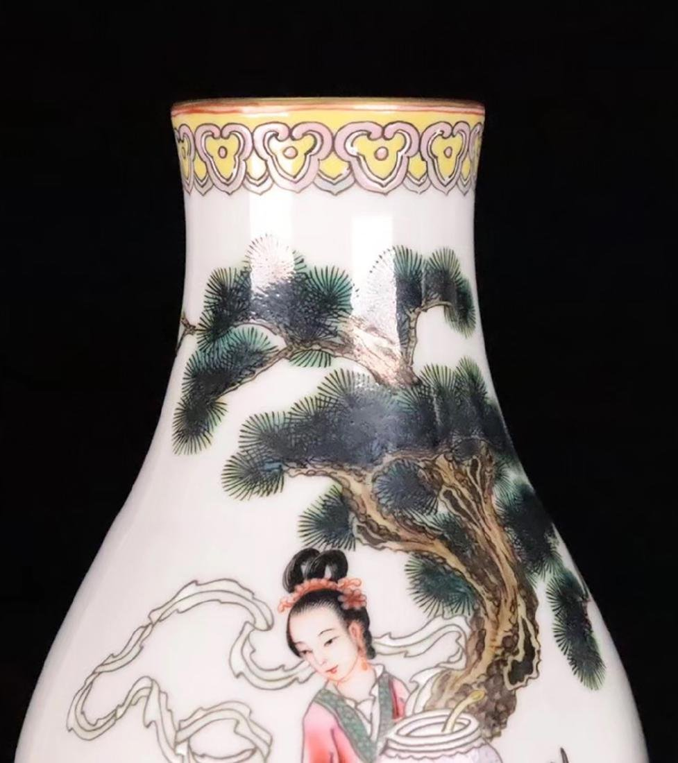 A FAMILLE-ROSE CHARACTER STORY PATTERN VASE - 6