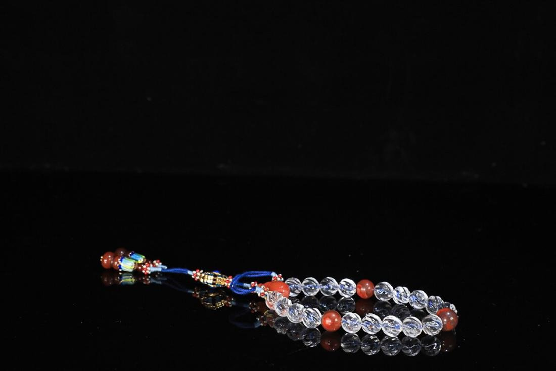 AN OLD TIBETAN NATURAL CRYSTAL BRACELET