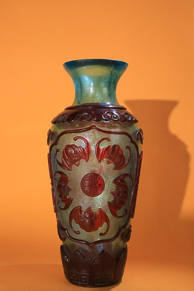 18-19TH CENTURY, AN OLD COLOURED GLASS VASE, LATE QING - 2
