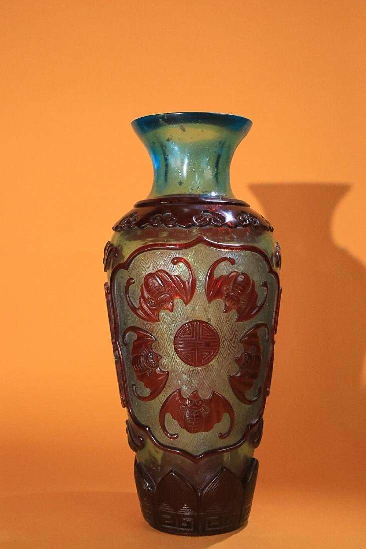 18-19TH CENTURY, AN OLD COLOURED GLASS VASE, LATE QING - 4
