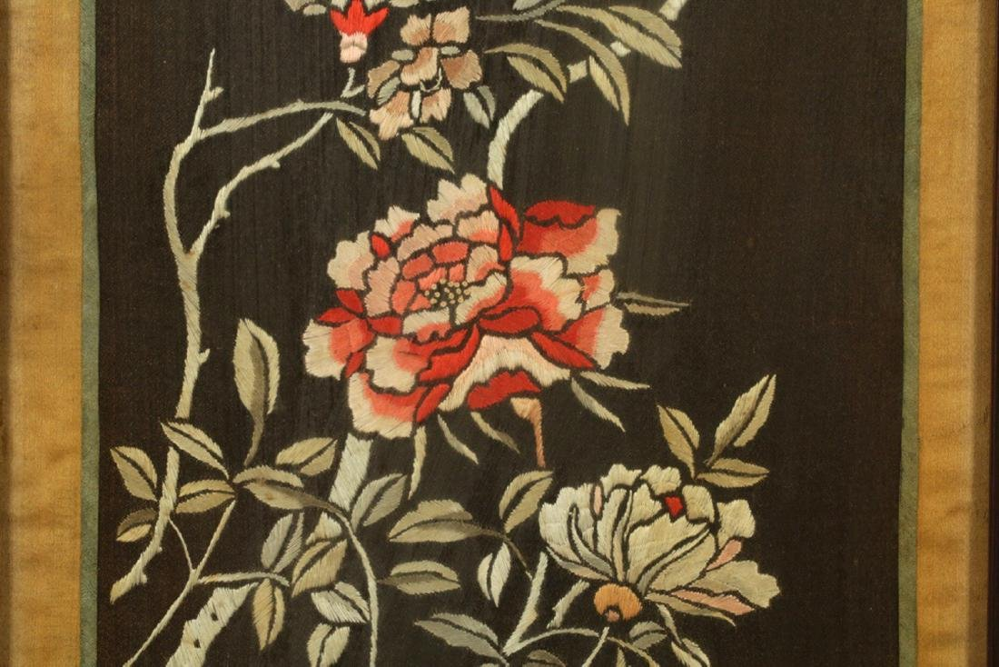 17-19TH CENTURY, A FLORIAL PATTERN EMBROIDERY, QING - 5