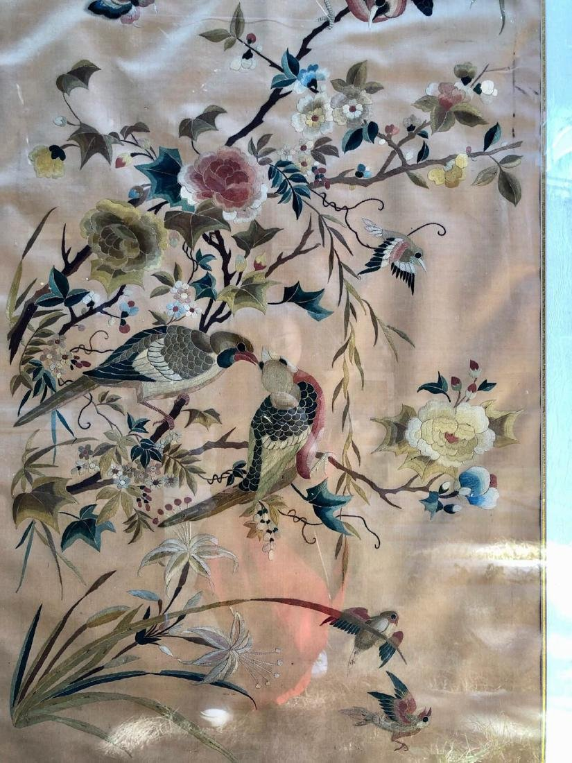 17-19TH CENTURY, A FLORIAL DESIGN EMBROIDEY TABLE - 6
