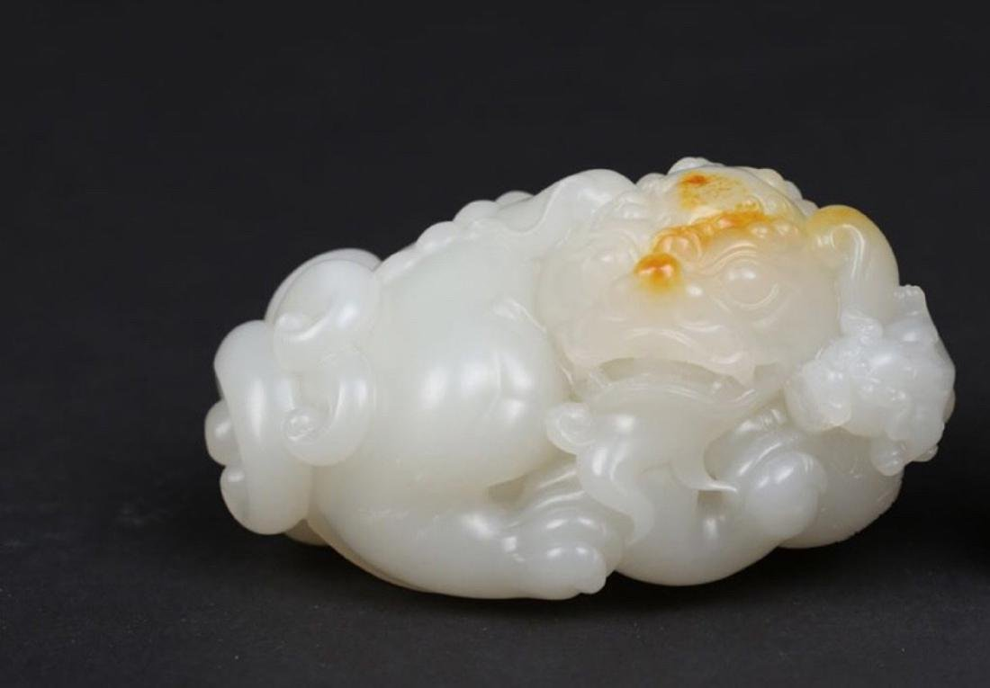 A BEAST DESIGN HETIAN JADE ORNAMENT