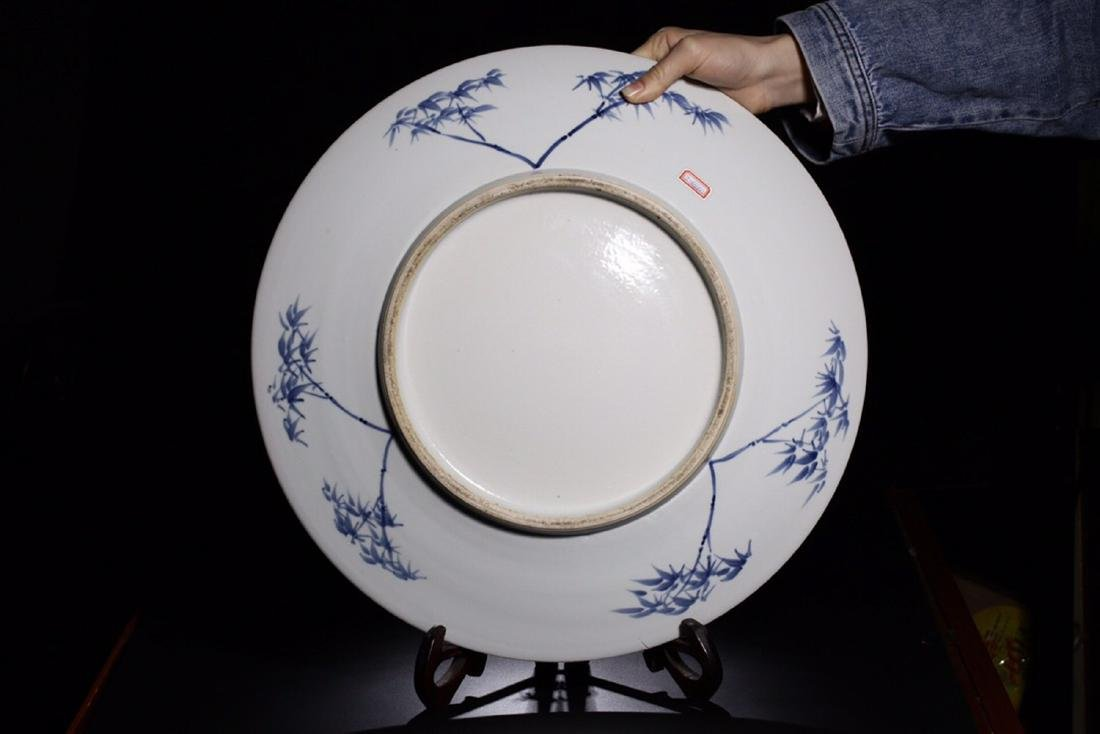 17-19TH CENTURY, A STORY DESIGN PORCELAIN PLATE, QING - 4