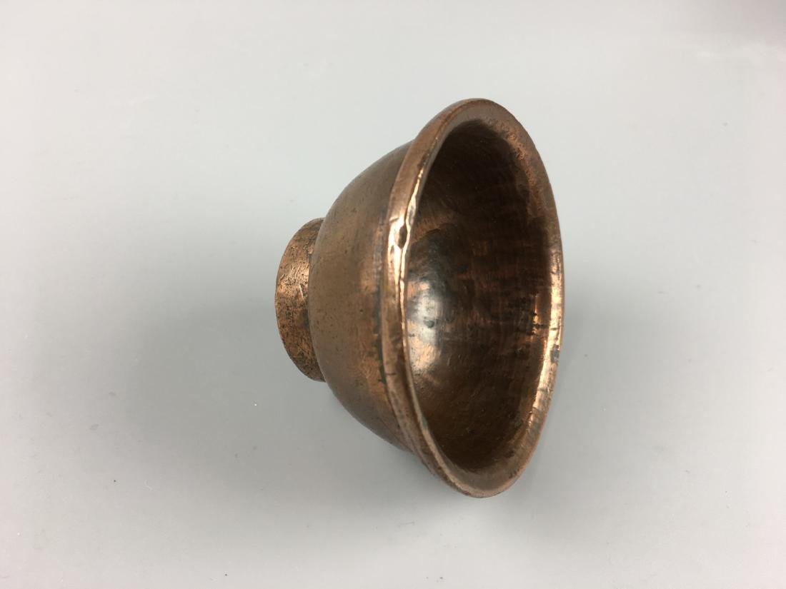 AN OLD TIBETAN BROZNE BUTTER LAMP - 4