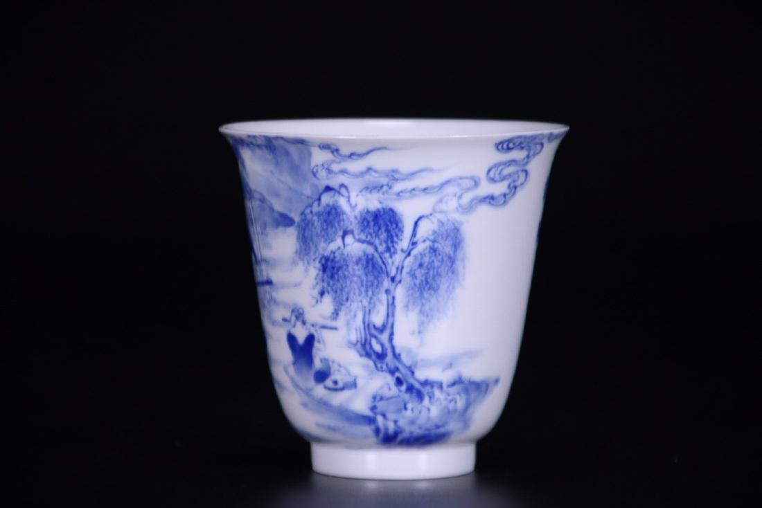 17-19TH CENTURY, AN OLD STORY DESIGN PORCELAIN CUP, - 4