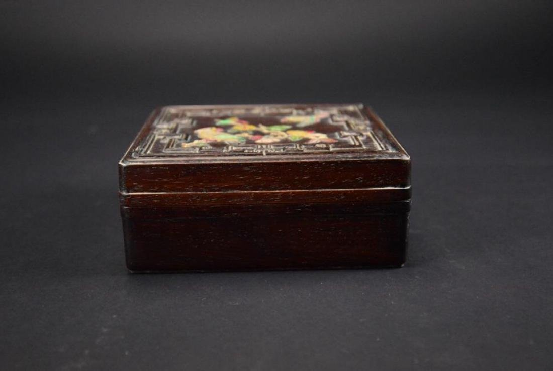 A RECTANGULAR ZITAN WOOD BOX WITH A PAINTED COVER