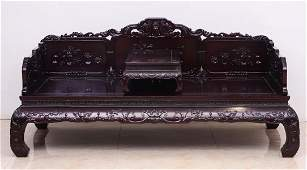 WOOD BED CARVED WITH FLOWER PATTERN