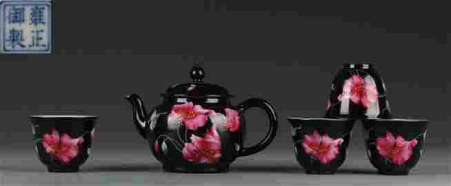 SET OF YONGZHENG ENAMELED GLAZE POT&CUPS