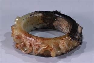 ANTIQUE JADE BANGLE WITH DRAGON PATTERN