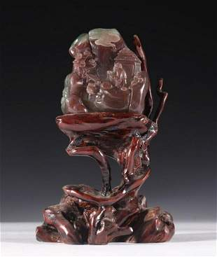 AGATE CARVED FIGURE SHAPED STATUE