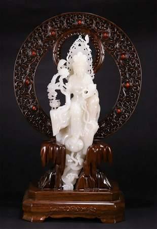 HETIAN JADE CARVED GUANYIN BUDDHA STATUE