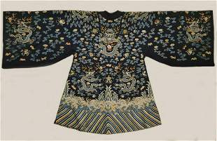 EMBROIDERY ROBE WITH DRAGON PATTERN