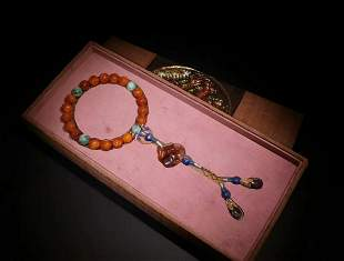 AMBER STRING BRACELET WITH 18 BEADS