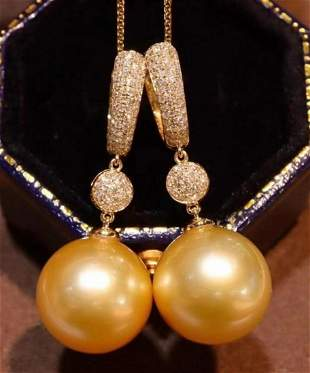 SOUTH SEA GOLD PEARL EARRING WITH 18K GOLD DIAMOND