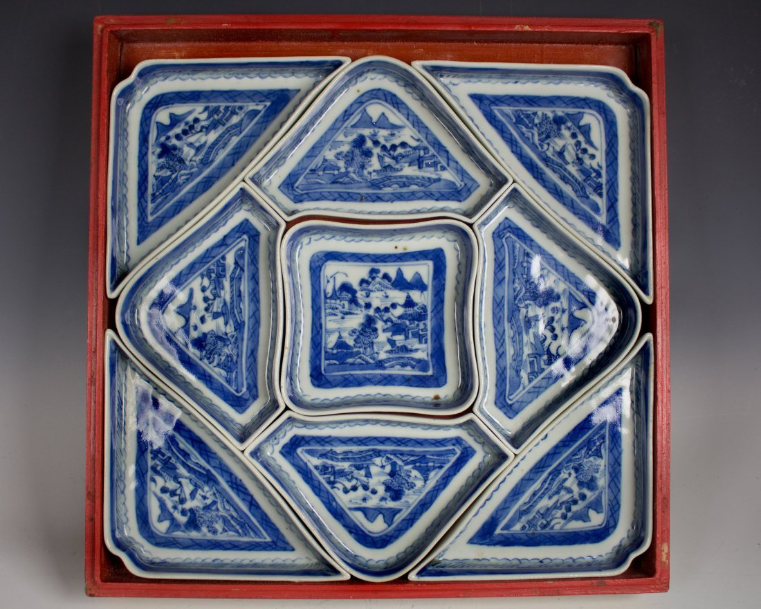 19th Cent Blue & White Fitted Serving Tray