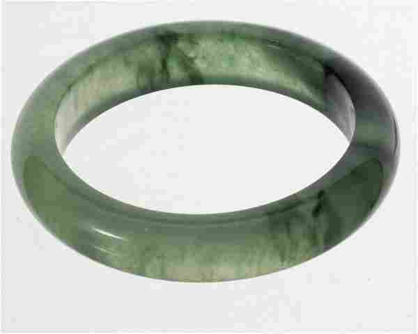 GREEN JADEITE BRACELET