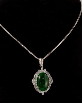 Natural Jade Necklace With Diamond Platinum