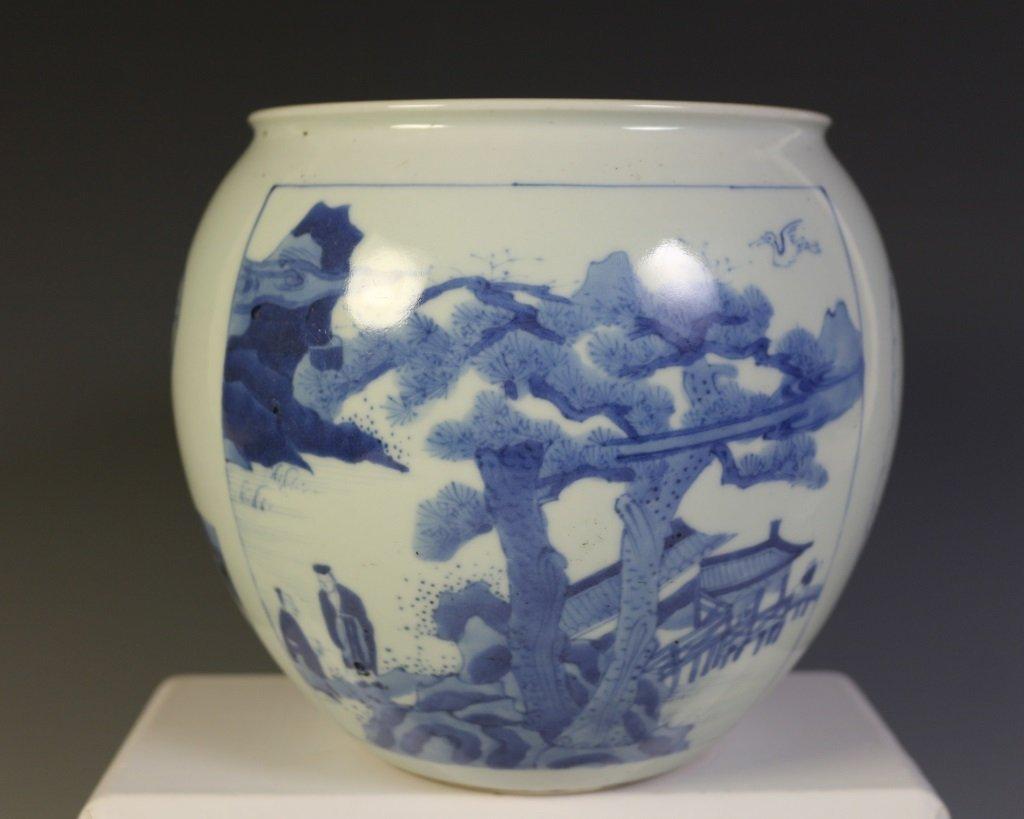DAQING KANGXI NIANZHI MARK BLUE & WHITE VASE - 2