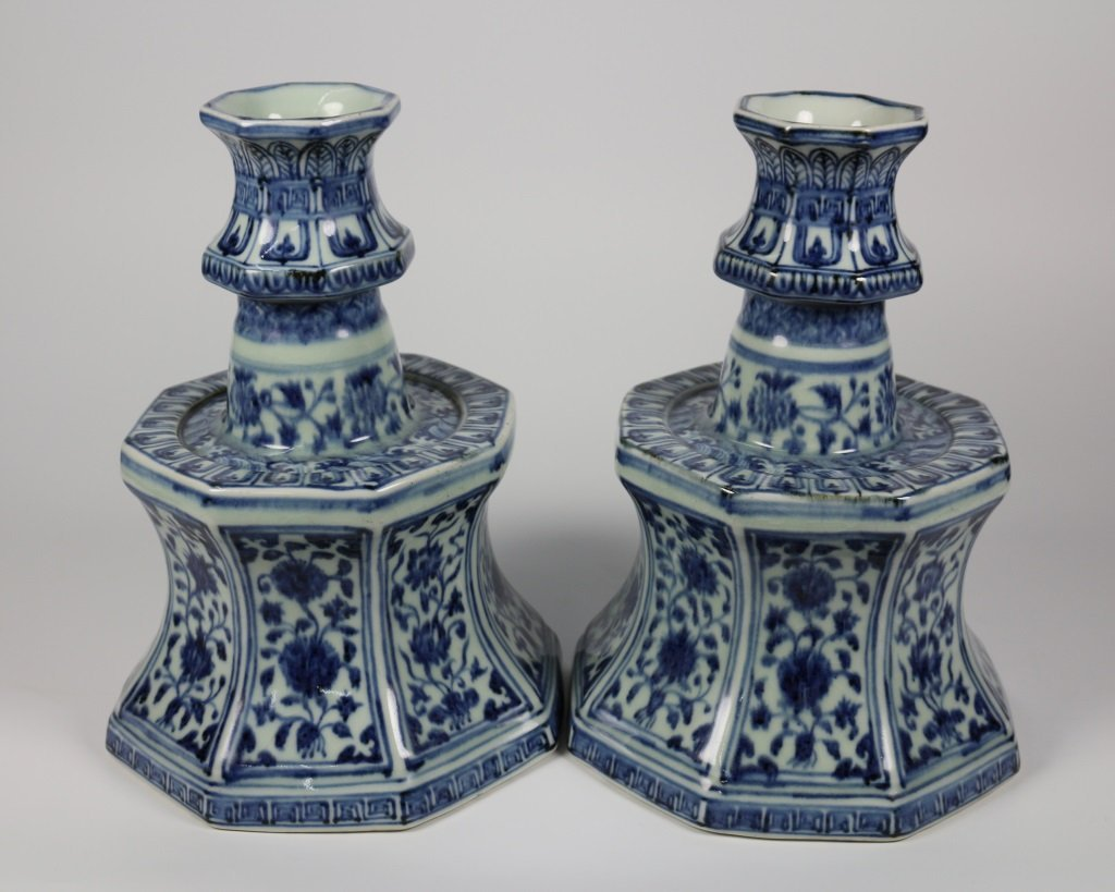 PAIR OF MING BLUE& WHITE CANDLESTICKS - 2