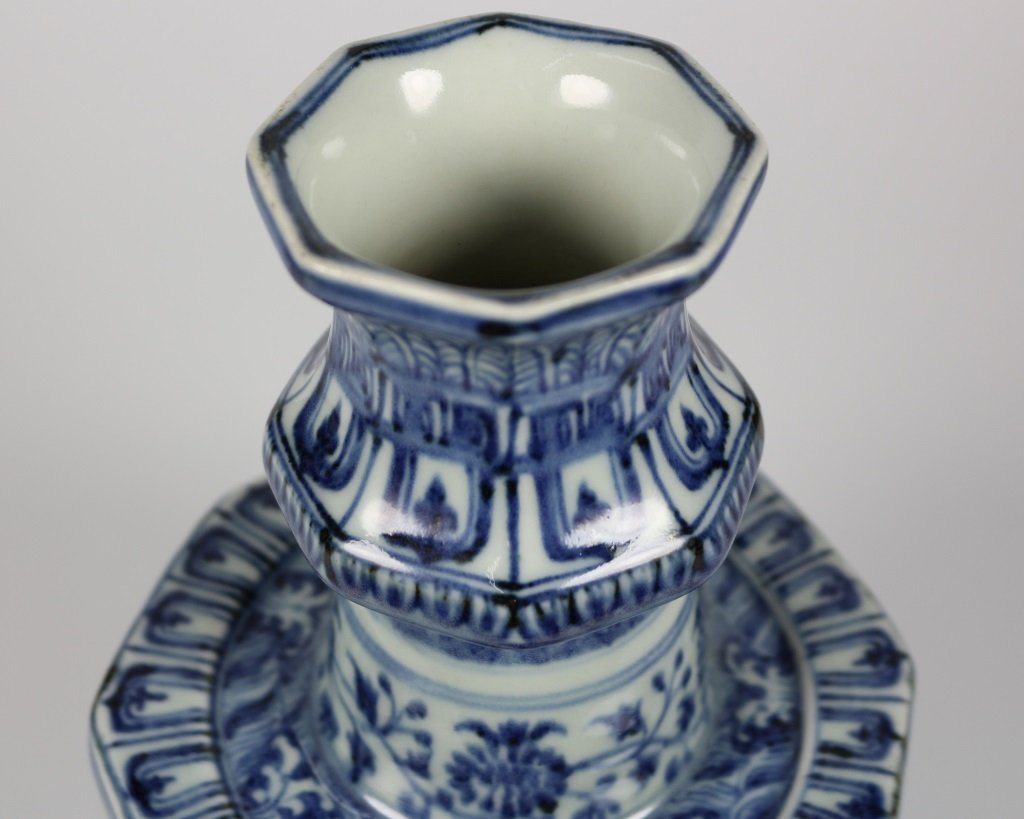 PAIR OF MING BLUE& WHITE CANDLESTICKS - 7