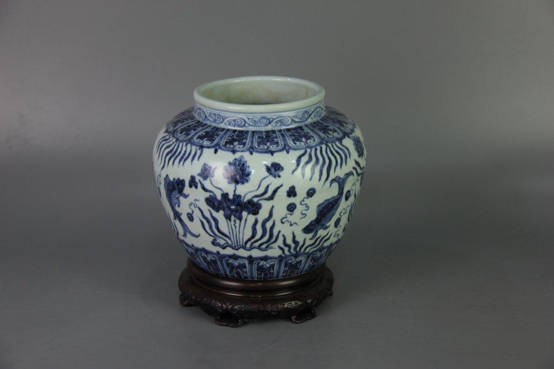 MING XUANDE MARK BLUE&WHITE JAR - 2