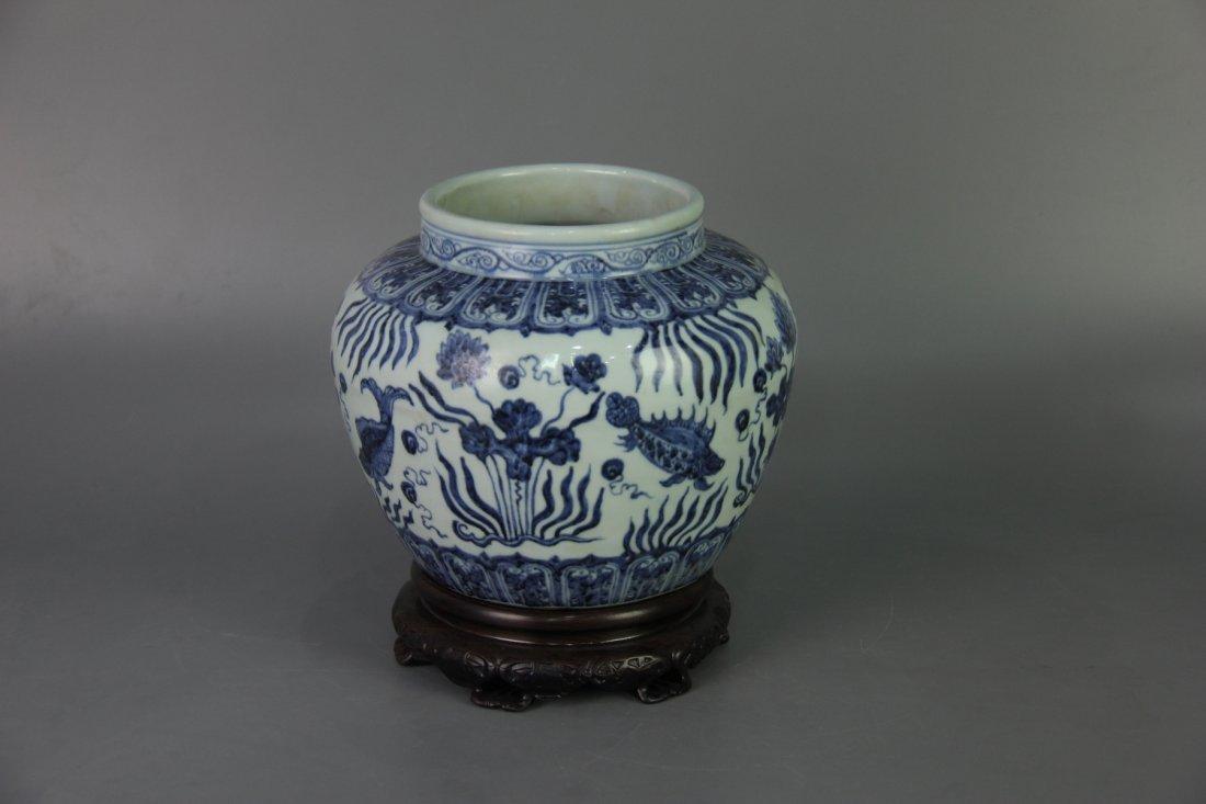 MING XUANDE MARK BLUE&WHITE JAR - 3