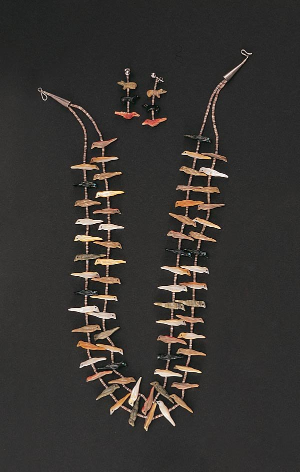 1007: A Zuni Necklace and Earrings Set