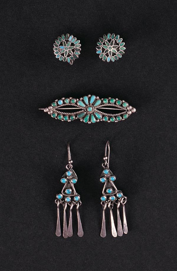 1021: Three Pieces of Zuni Silver & Turquoise Jewelry