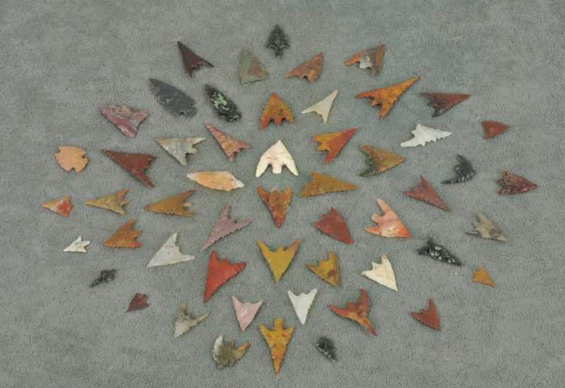 Columbia River Arrowheads (53 items/1 tray)