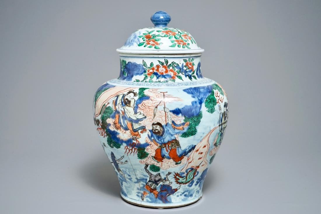 A large Chinese wucai vase and cover with fine