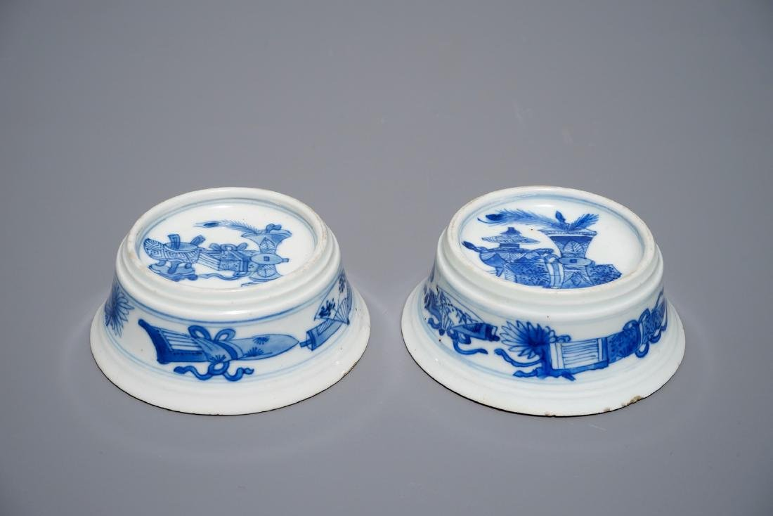 A pair of round Chinese blue and white salts with