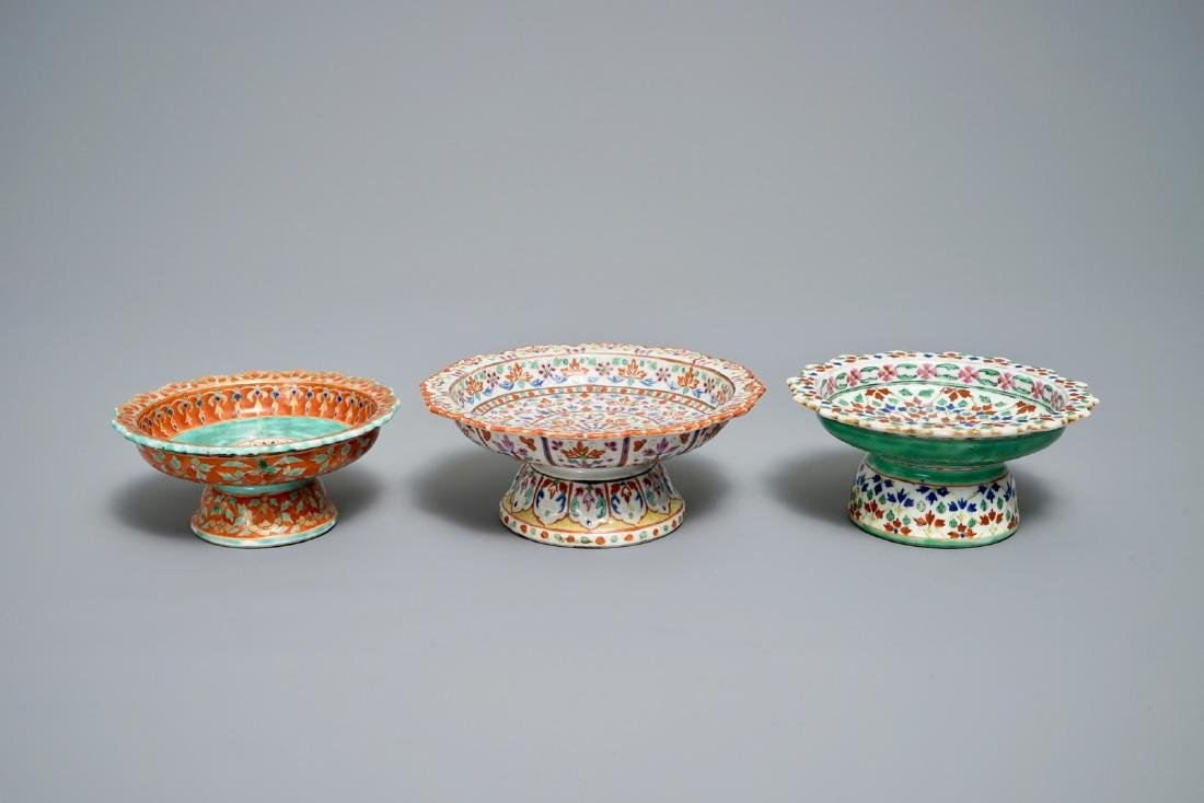 Three Chinese Bencharong-style footed bowls for the