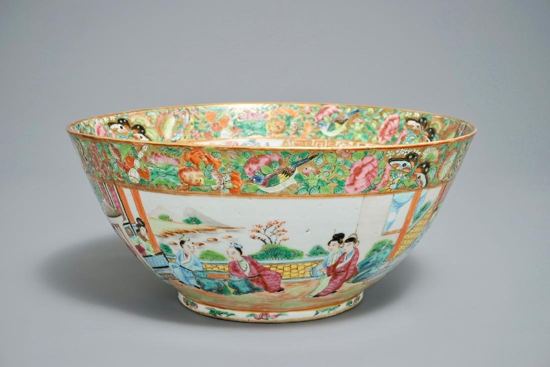 A large Chinese Canton famille rose bowl, 19th C.
