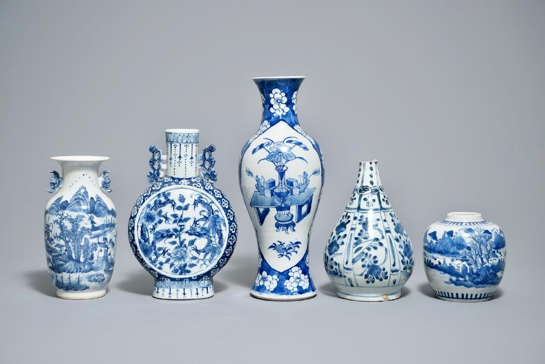 Five various Chinese blue and white vases, Wanli and