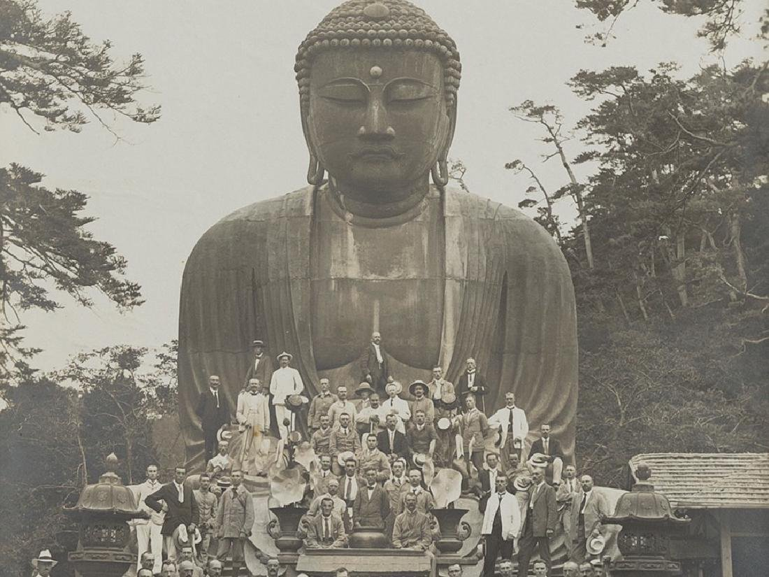 An album with photos of China and Japan, ca. 1900
