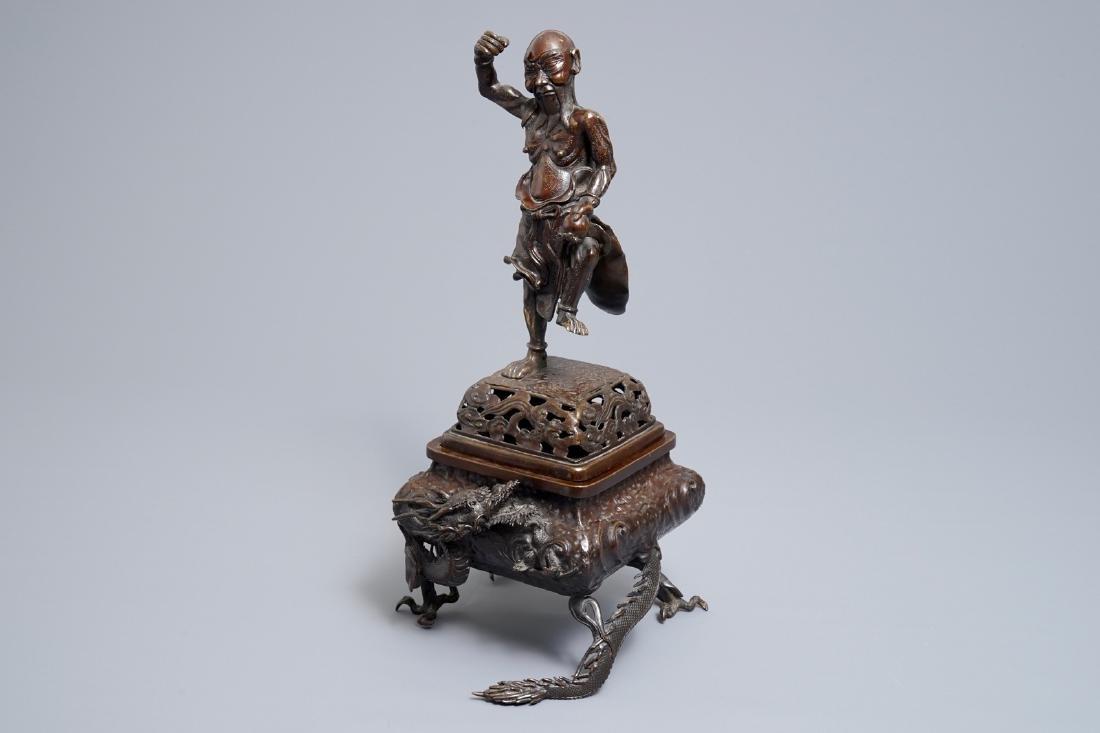A Japanese bronze koro on dragon claw feet, Edo or