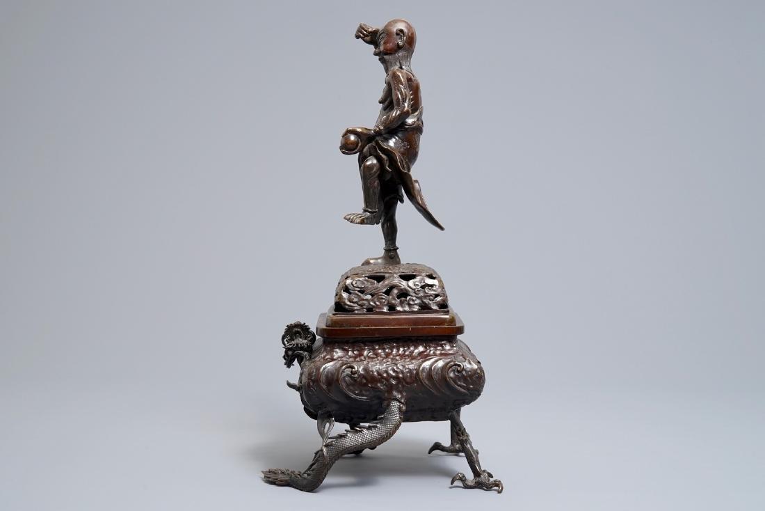 A Japanese bronze koro on dragon claw feet, Edo or - 5