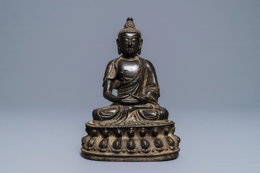 A Sino-Tibetan bronze figure of Buddha Shakyamuni, Ming - 3