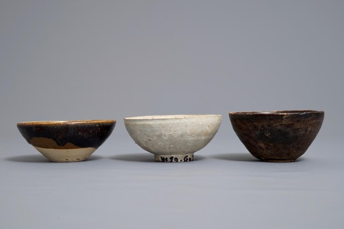 Three Chinese black-, brown- and cream-glazed bowls, - 3