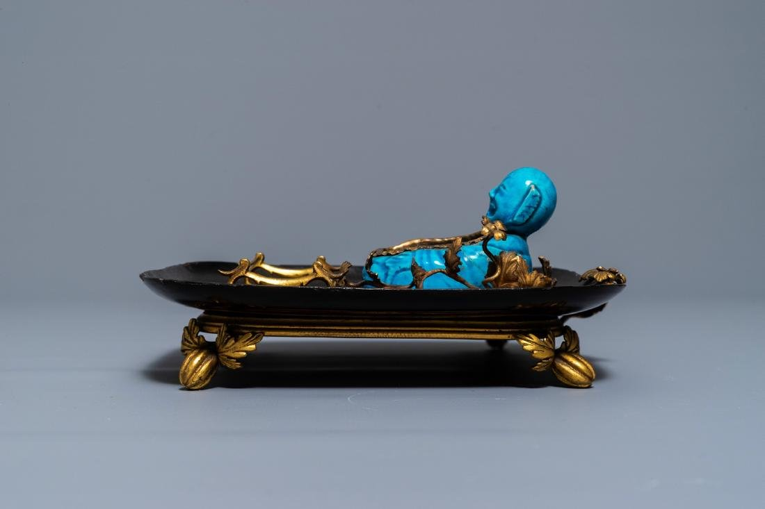 A French lacquer and gilt bronze inkwell with a Chinese - 4