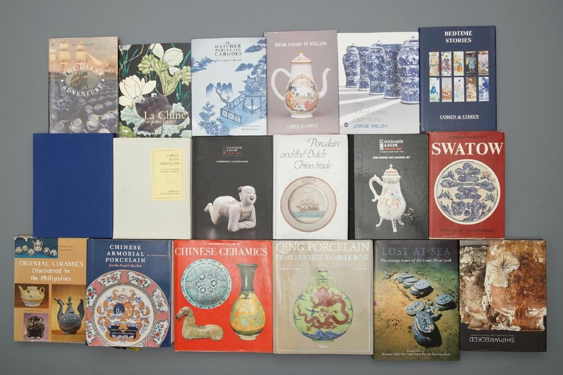 42 books on mostly Chinese porcelain, incl. shipwreck