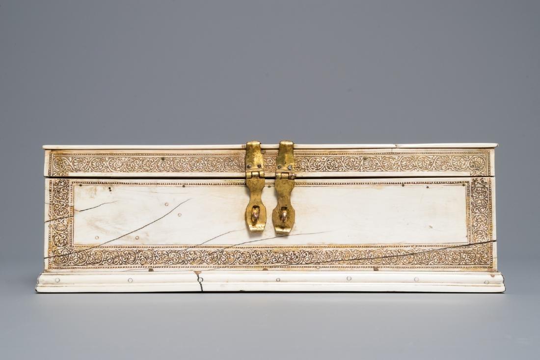 A Sinhalese veneered casket, Sri Lanka, 17/18th C - 3
