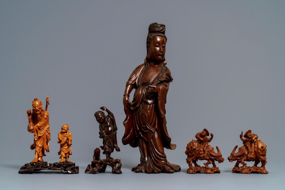 Six Chinese carved wood figures, 19/20th C. - 2