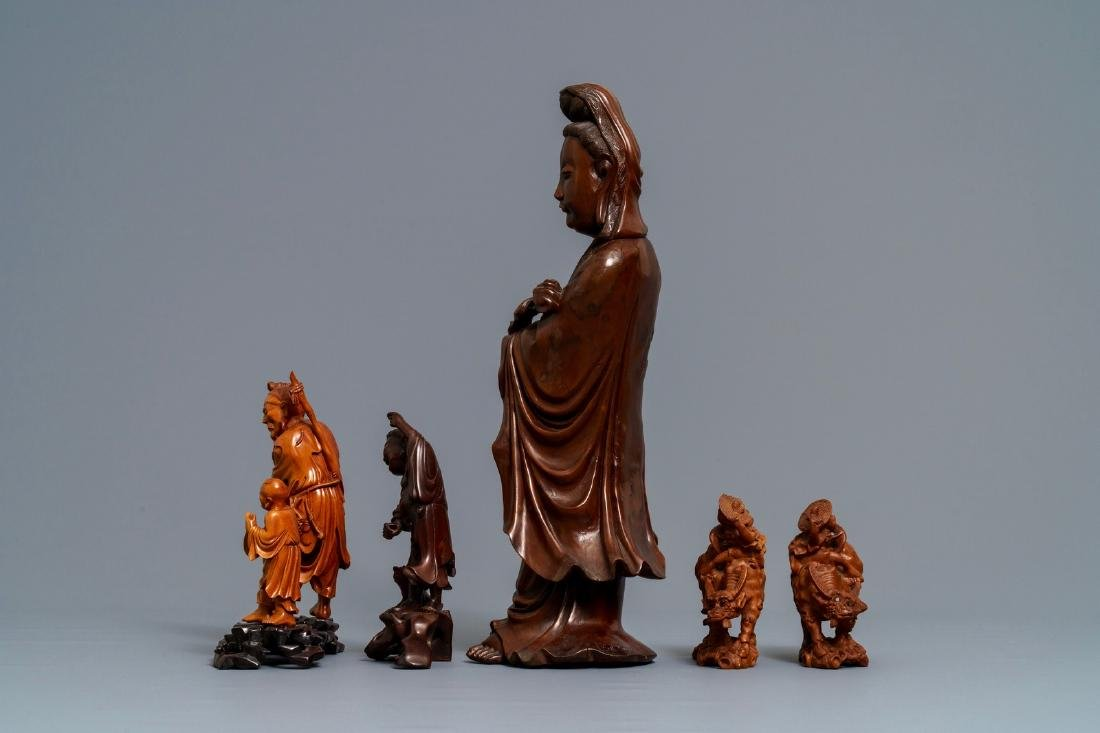 Six Chinese carved wood figures, 19/20th C. - 5