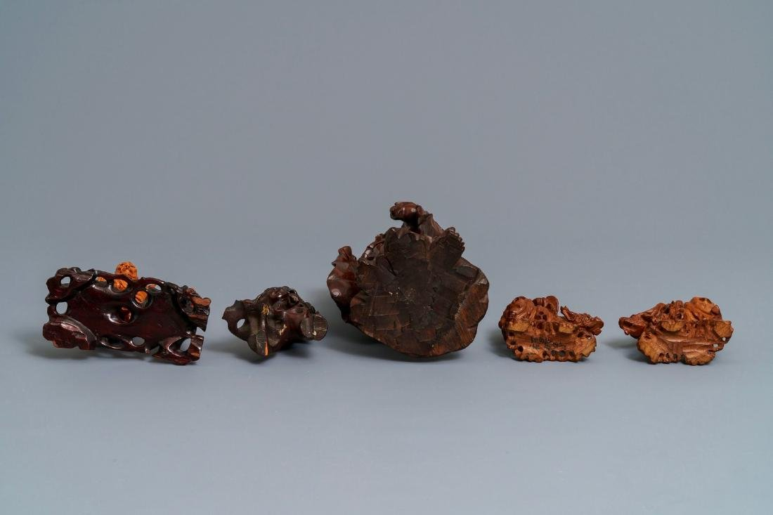 Six Chinese carved wood figures, 19/20th C. - 6