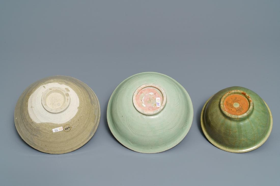 Two Chinese Longquan celadon dishes and three bowls, - 6